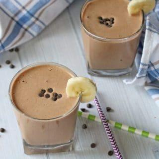 Clean Eating Chocolate Milkshake