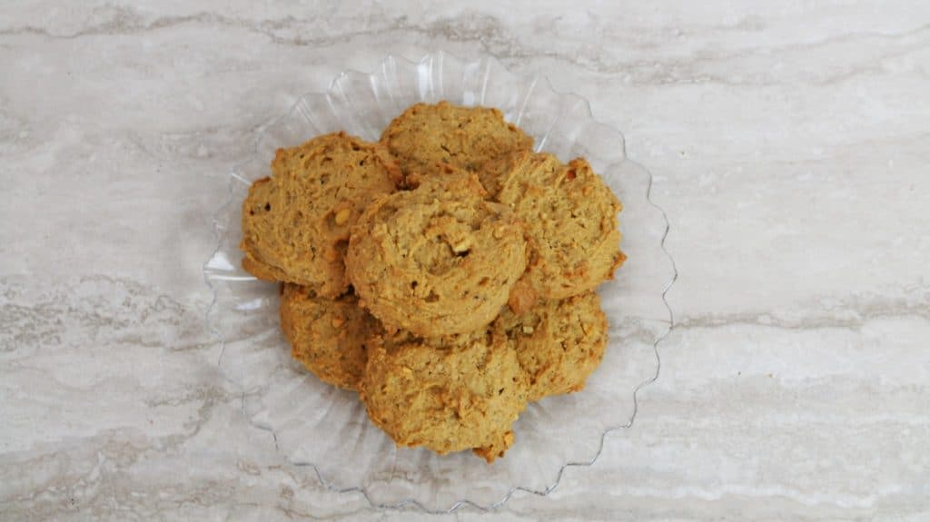 peanut butter cookie recipe - photo of baked cookies on serving platter
